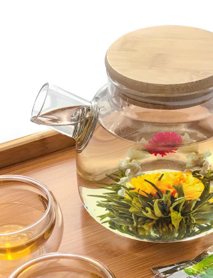Blooming Tea Flowers: Simple DIY Flower Centerpieces