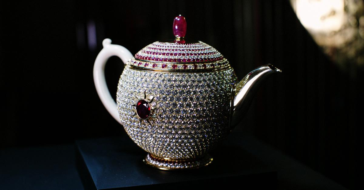 most expansive teapot